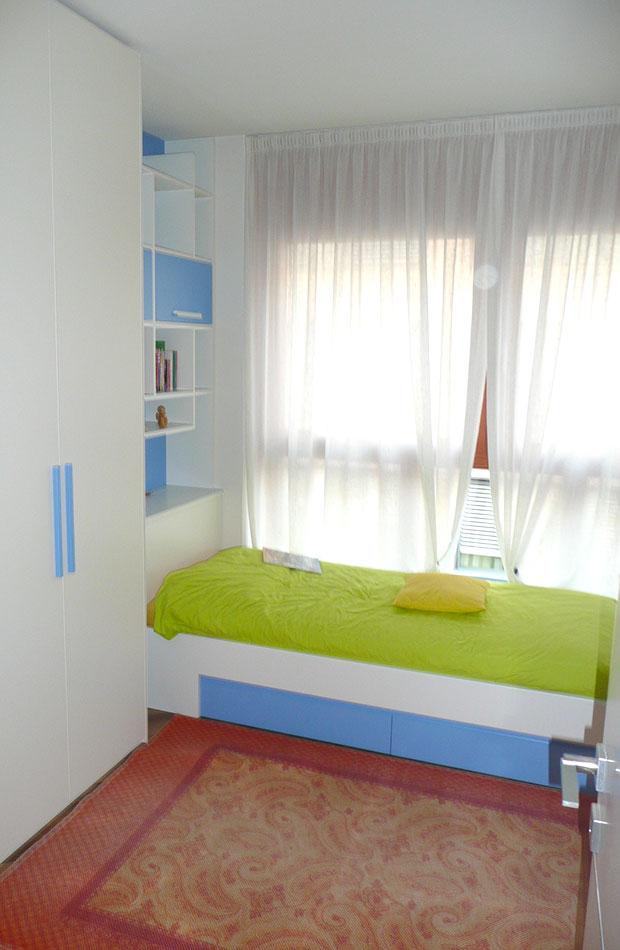 Falegnameria bolzano lucchesini arreda mobili su for Negozi di camere da letto